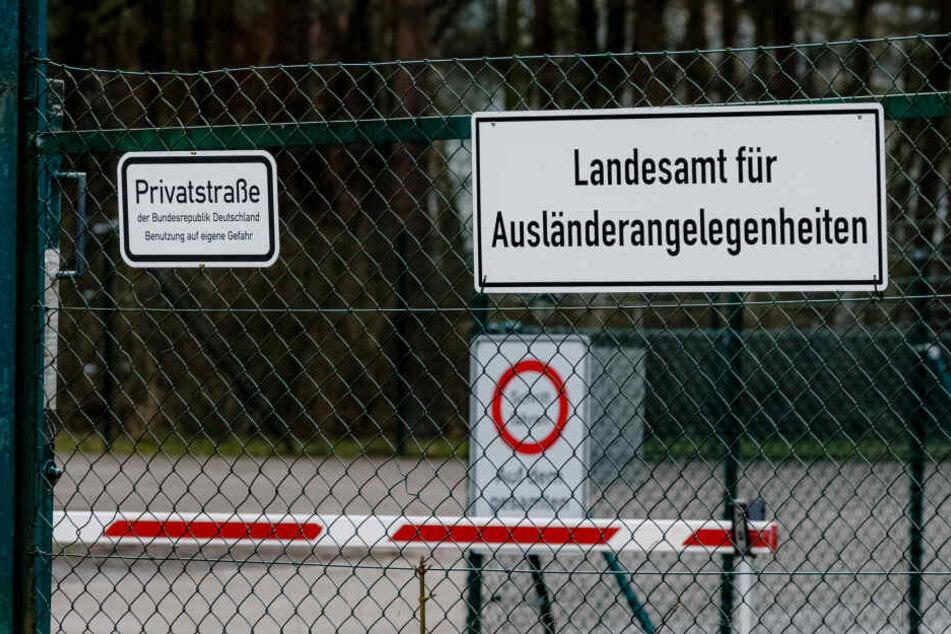 Der Eingangsbereich zur Flüchtlingsunterkunft Boostedtzu, in der die Kriminalität nach Angaben eines Sprechers des Innenministeriums in den vergangenen Monaten gestiegen sei.