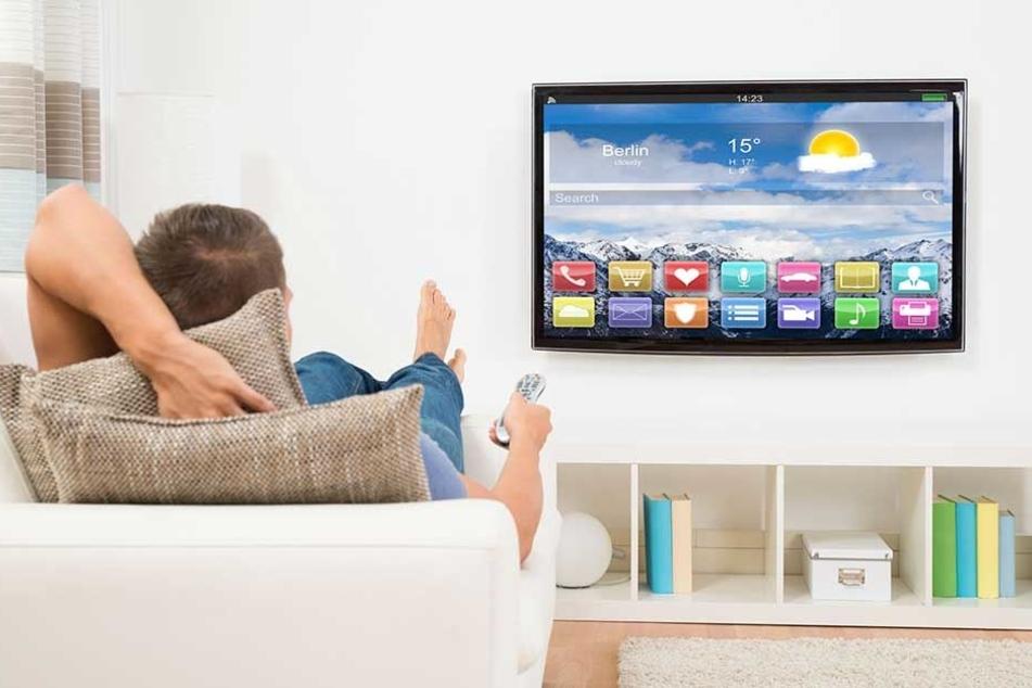 Entspannt auf dem heimischen Sofa Serien gucken und dafür bezahlt werden, ganz so einfach ist es dann doch nicht.