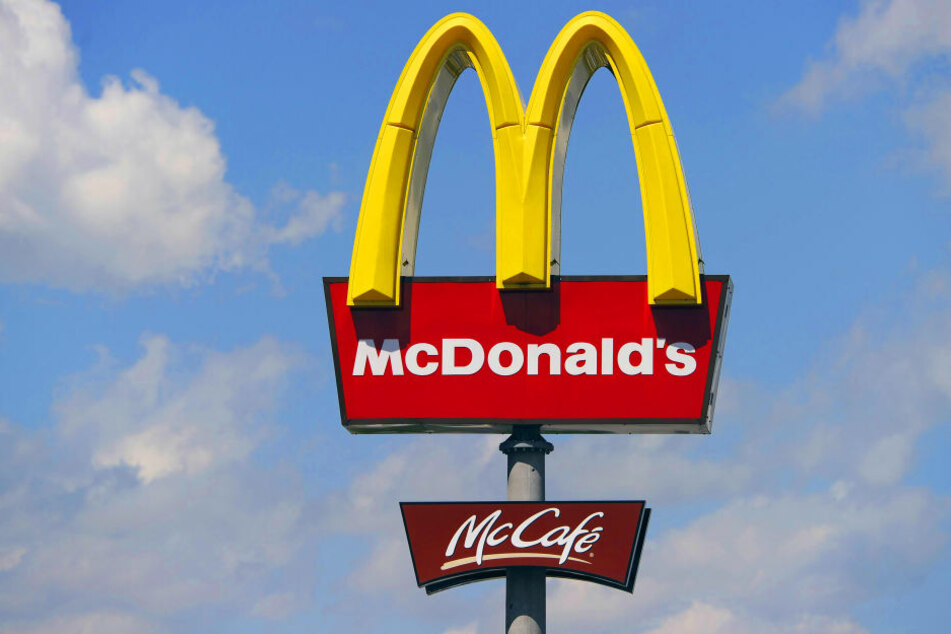 Das große gelbe McDonald's-Logo hat ein schlüpfriges Geheimnis.