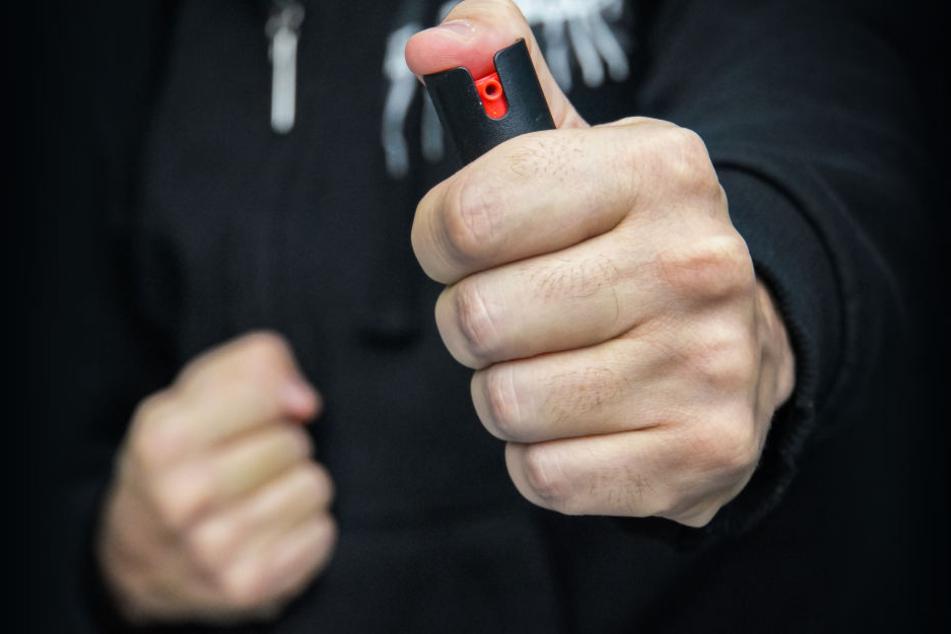 Junge (14) verletzt 18 Mitschüler mit Pfefferspray