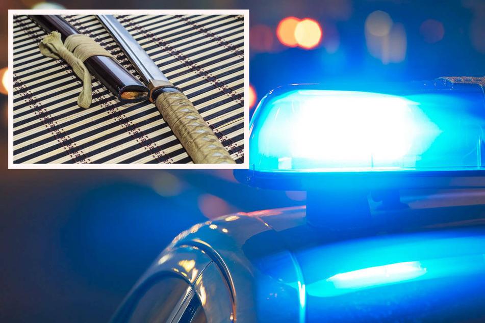 Die Polizei ermittelt nun, ob der 20-Jährige in eine Straftat verwickelt war. (Symbolbild)