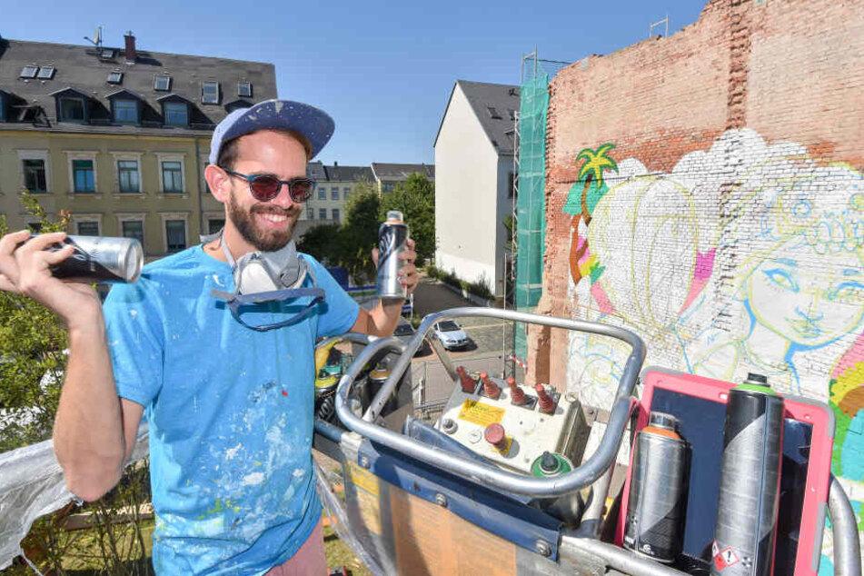 """Der spanische Künstler """"Koctel"""" gestaltete für die """"ibug"""" eine Fassade in der Lerchenstraße."""