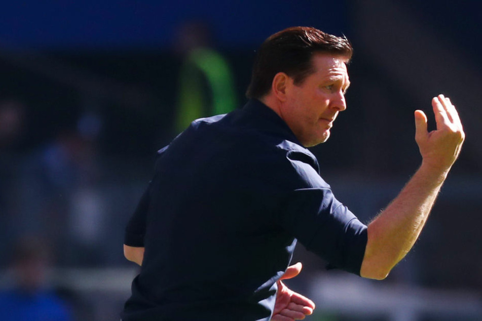 HSV-Trainer Christian Titz setzt auf Besonnenheit statt Aktionismus.
