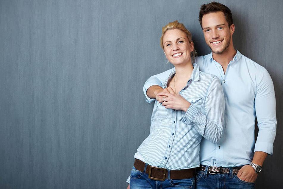 Weder Frau noch Mann können sich ihre Namen aussuchen, sie nicht ändern (außer durch Heirat), wohl aber vererben.