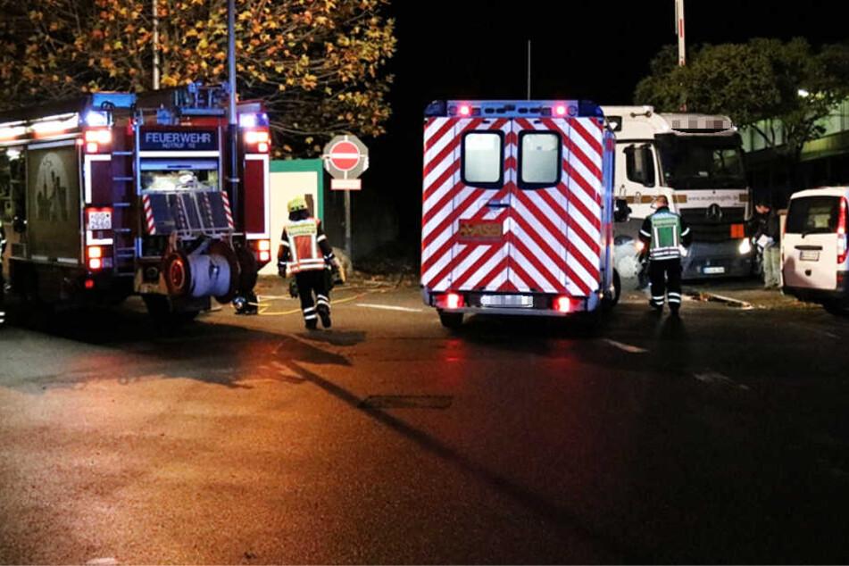 Feuerwehr, Rettungskräfte und Polizei waren im Einsatz.