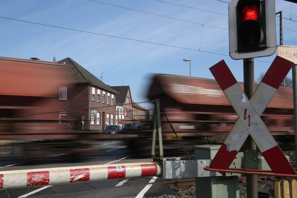 Ein Mann reiste mit seinem Schlafsack auf einem Güterzug von Prag nach Dresden (Symbolbild).