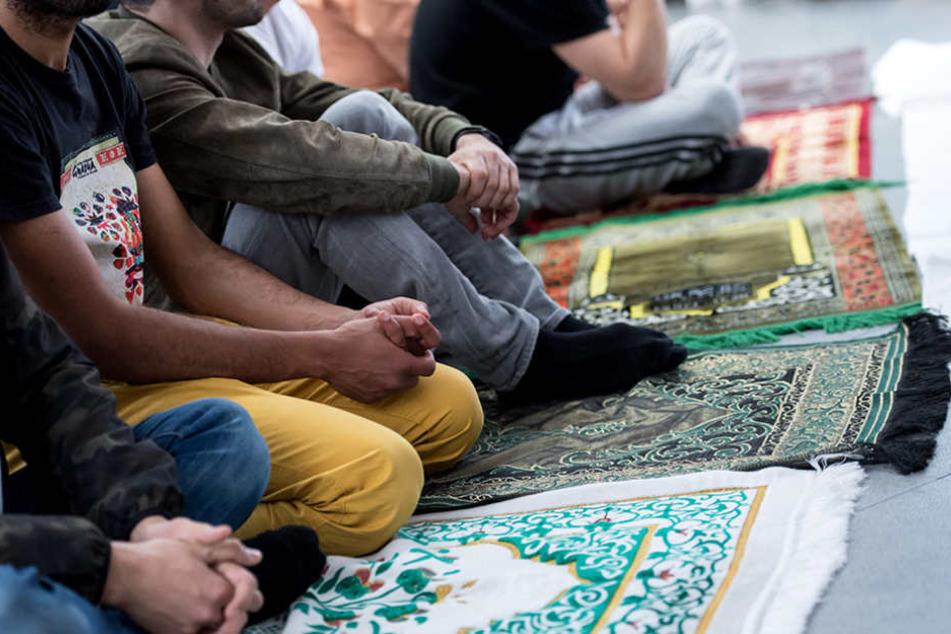 Muslime unter Generalverdacht? China lässt seine muslimischen Mitbürger überwachen.