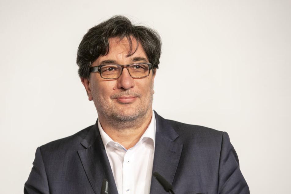 """""""Kompass verloren"""": Sachsens Linken-Chef Stefan Hartmann (51) wirft dem Opernball-Verein vor, sich zum """"Büttel eines Gewaltherrschers"""" zu machen."""