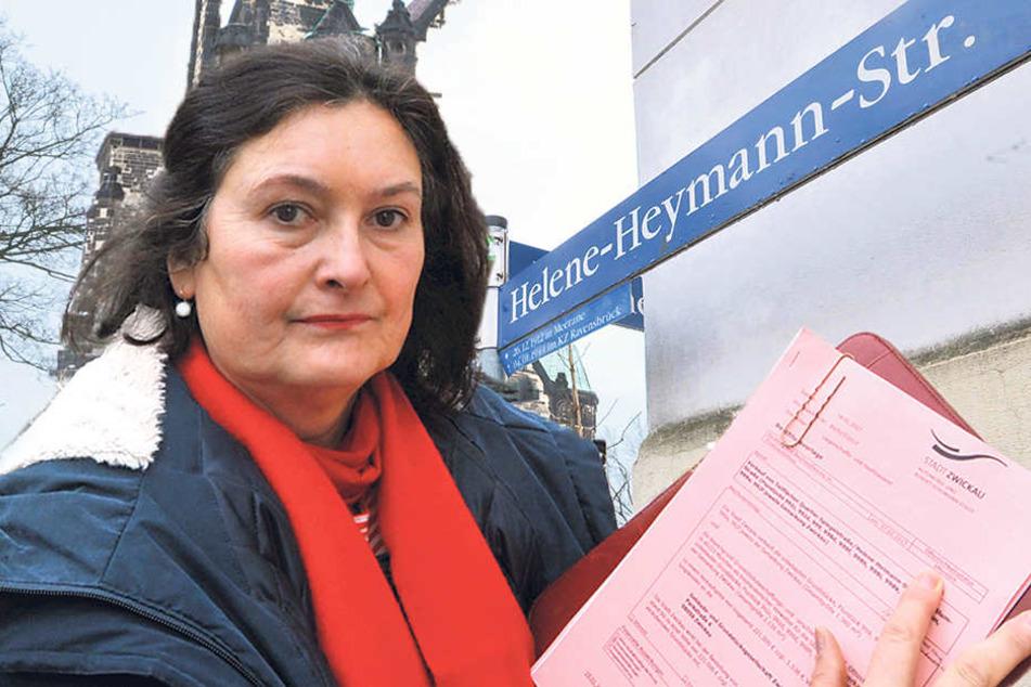 Christiane Drechsel (53, CDU) entdeckte in den Unterlagen des  Finanzausschusses den Schreibfehler beim Straßennamen.