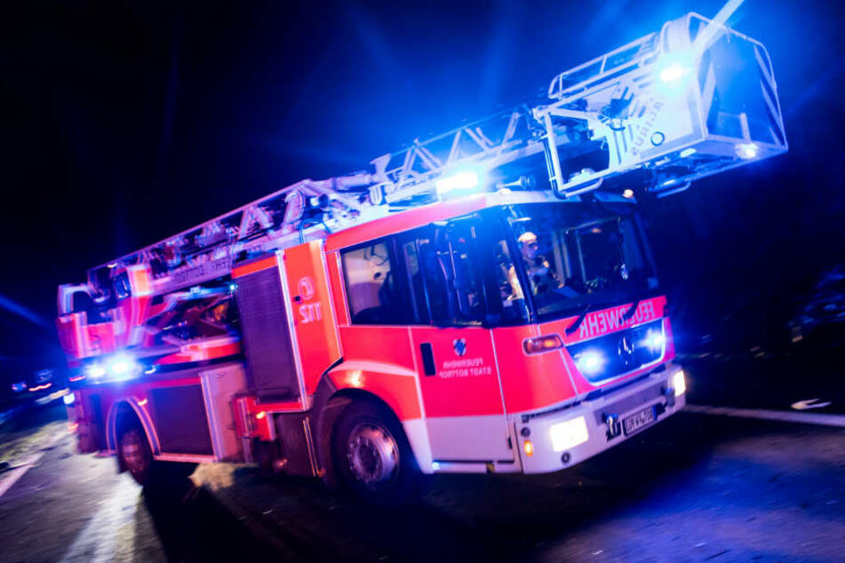 Die Feuerwehren hatten an einen echten Brand geglaubt. (Symbolbild)