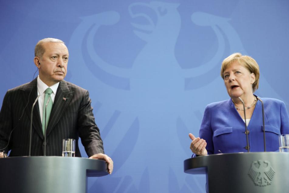 Kanzlerin Merkel und der türkische Staatspräsident Erdogan bei der Pressekonferenz am 28. September in Berlin.
