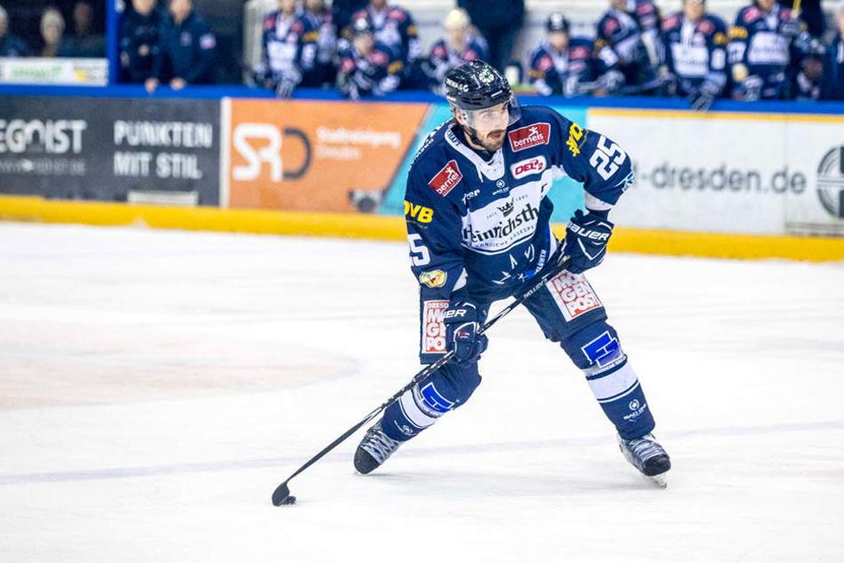 Petr Macholda wird den Eislöwen Monate fehlen.