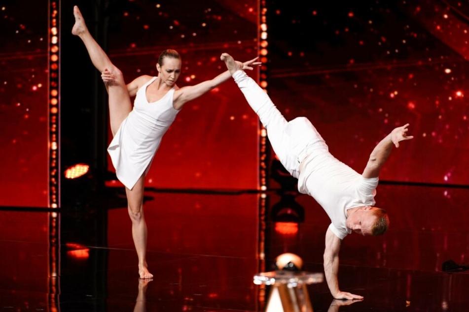 Der einbeinige Tänzer Evgeny Smirnov mit seiner Partnerin Dascha.