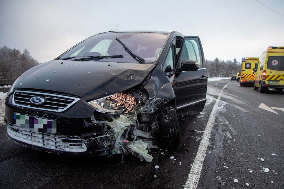 Gegen 16.30 knallte der Ford seitlich in den Mercedes.