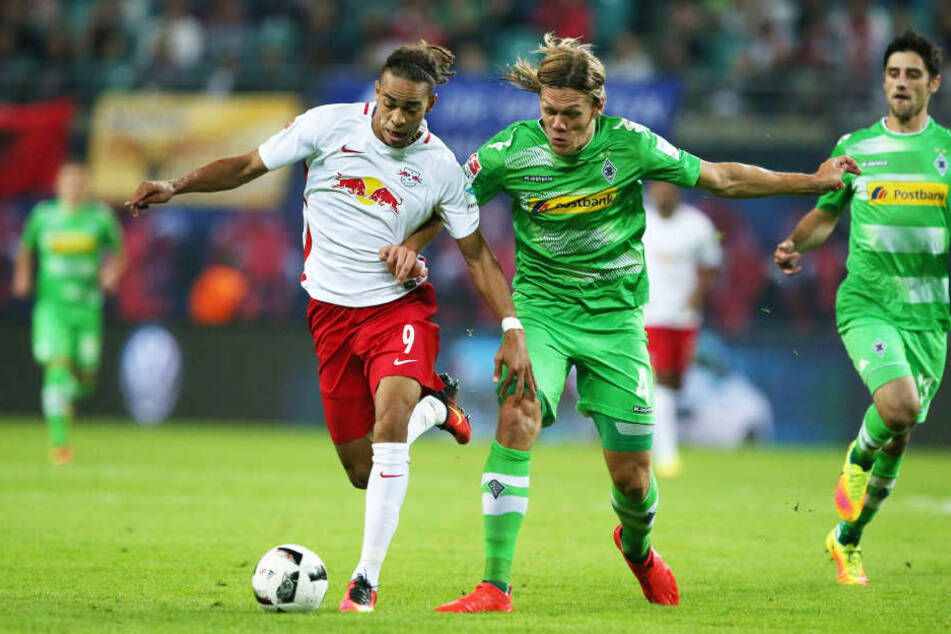 Yussuf Poulsen (RB Leipzig) und Jannik Vestergaard (Borussia MG).