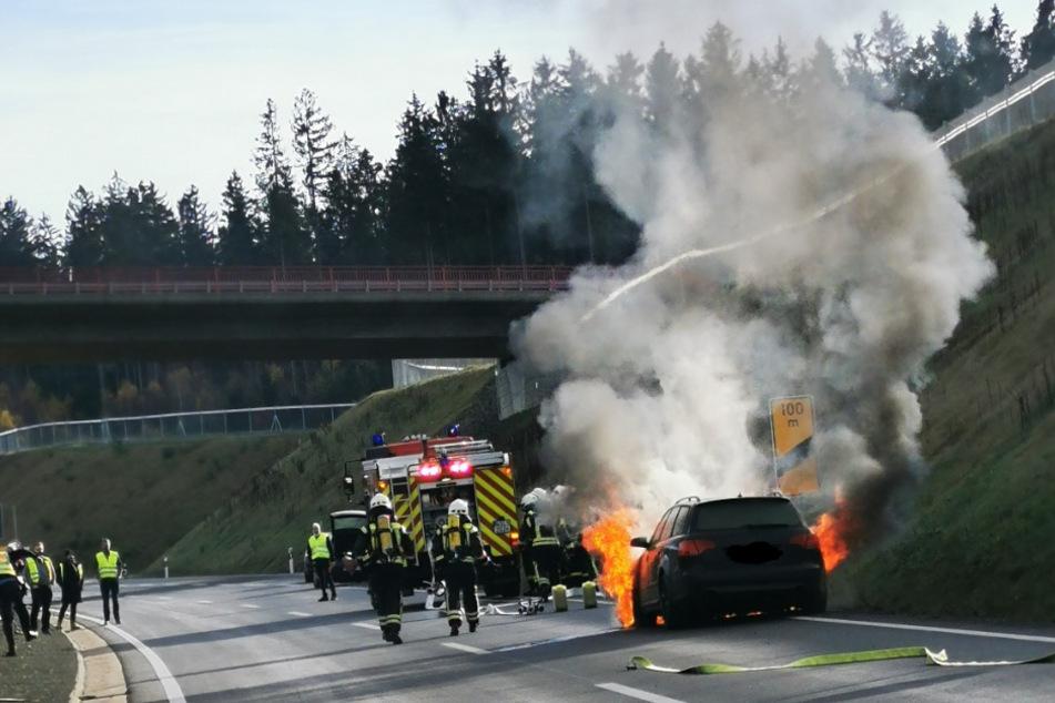 Kurz vor der Abfahrt Longkamp brannte es. Qualm drang aus dem Auto.