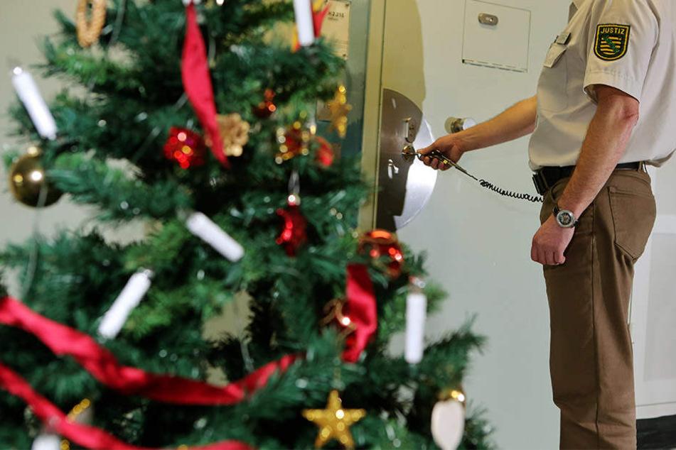 Auch etliche Gefängniswärter werden an Heiligabend nicht bei ihrer Familie sein können.