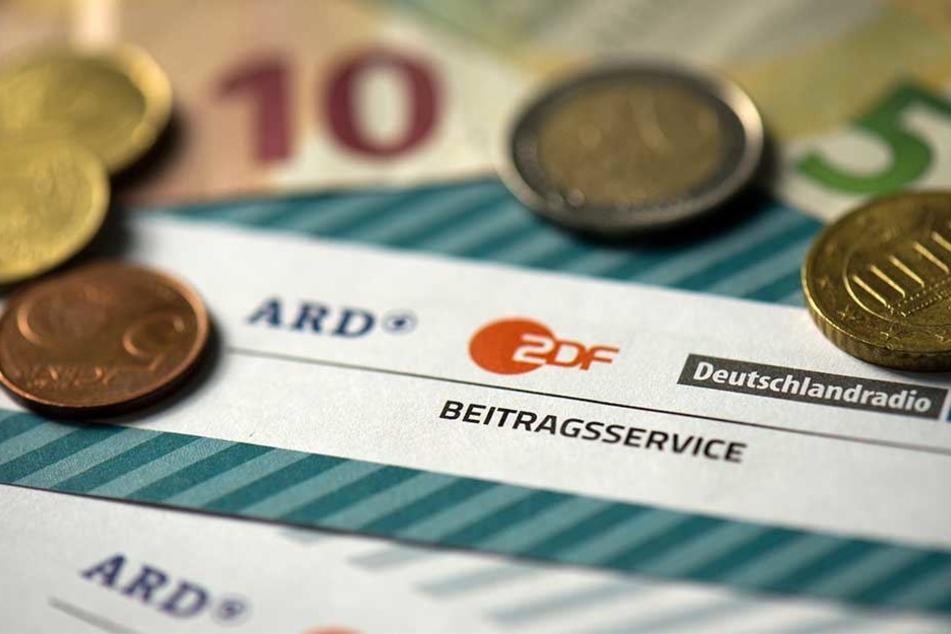 Der Beitragsservice von ARD und ZDF bekommt Millionen von Daten der Einwohnermelderämter.