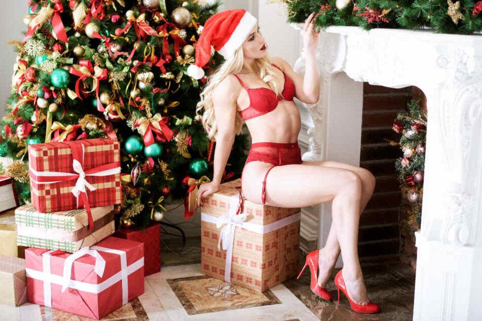 So ein sexy Outfit als Weihnachtsgeschenk wird sicher das ein oder andere Herz höher schlagen lassen.