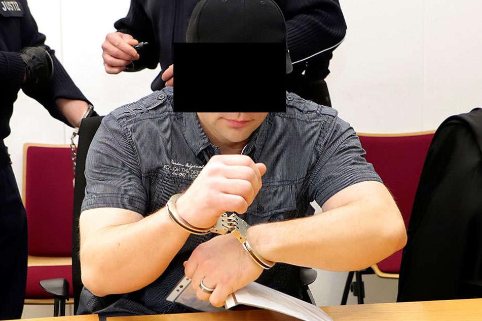 Robert G. (32) soll den Chemnitzer Rico S. (32) getötet haben. Der Angeklagte schweigt bisher.