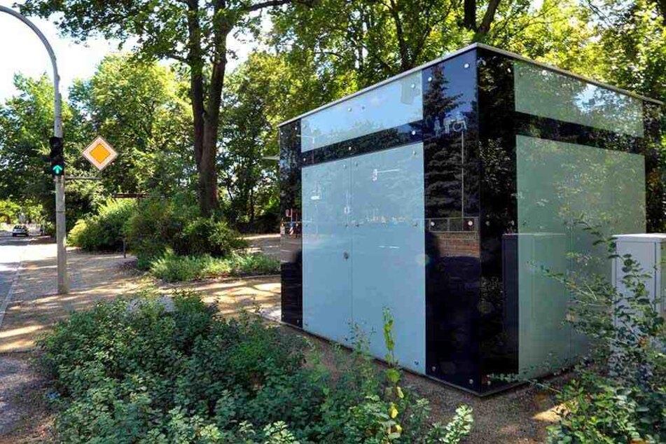Das 100.000-Euro-Häuschen für die Notdurft am Schwanenteich benutzt fast niemand.
