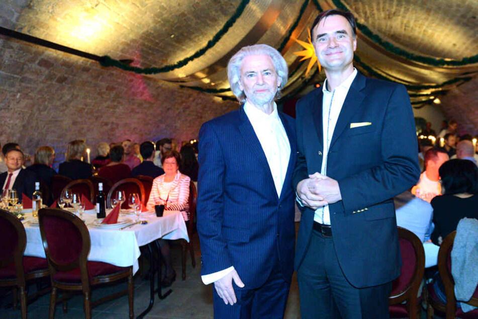 """Lambertz-Boss Hermann Bühlbecker (66, l.) feiert mit Ex-Chef Matthias Quendt  und 185 Mitarbeitern den 25. Geburtstag des Dresdner Unternehmens """"Dr.  Quendt""""."""