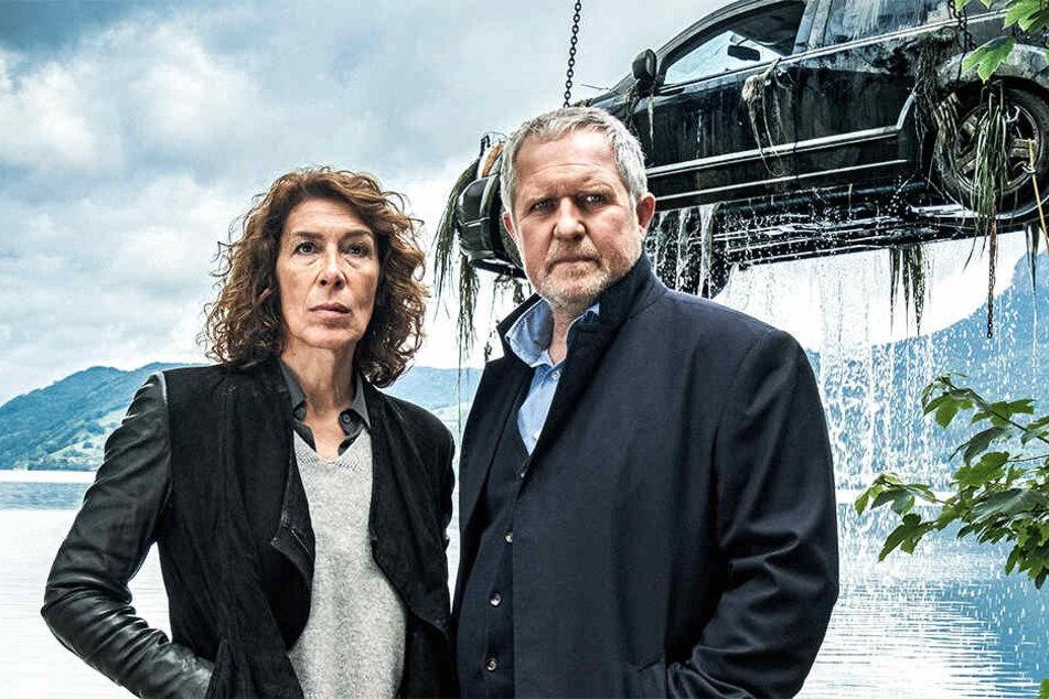 Was hat sich in dem Auto abgespielt? Bibi Fellner und Moritz Eisner stoßen auf eine vermeintlich große Geschichte.
