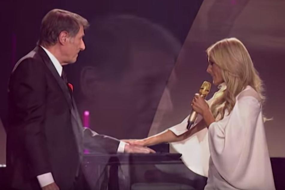 """Helene Fischer und Udo Jürgens 2014 in ihrer Show am Klavier beim Lied """"Merci Chérie""""."""