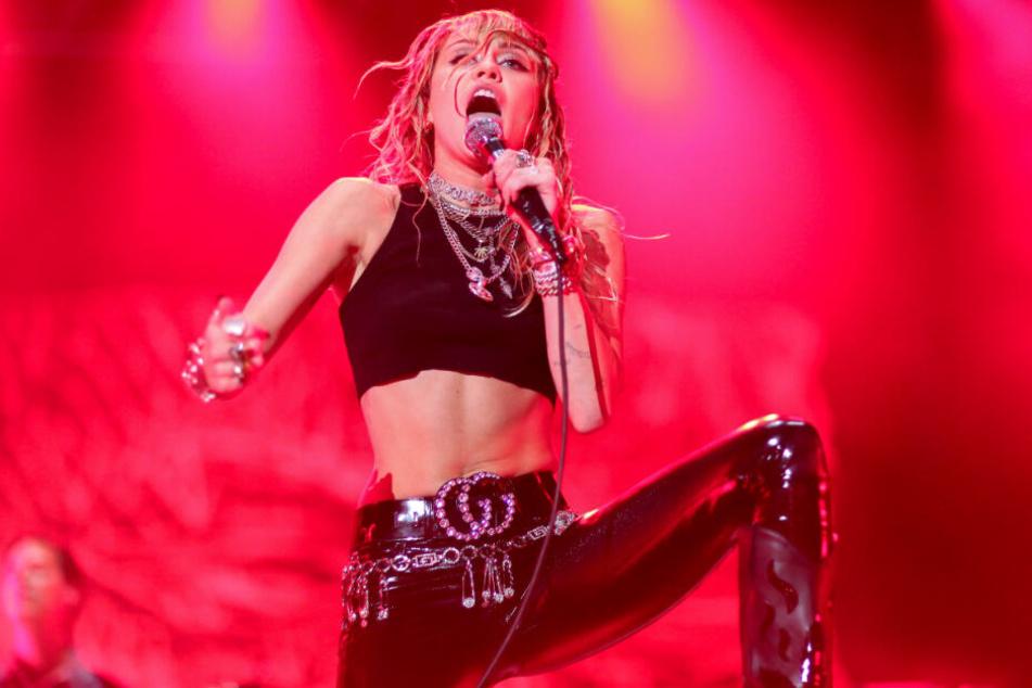 Miley Cyrus hatte sich nach wenigen Wochen wieder von Kaitlynn Carter getrennt.