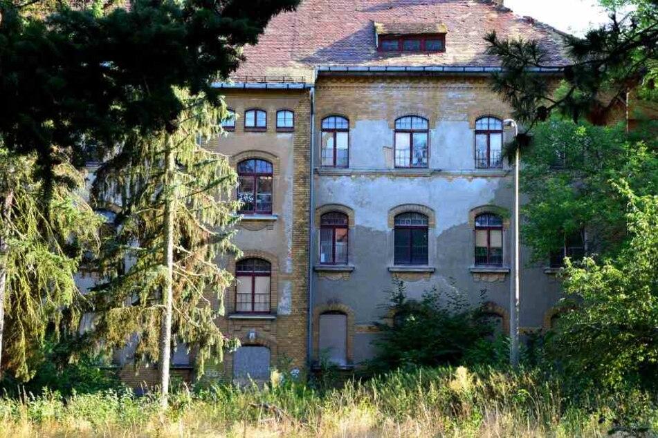Das ehemalige Parkkrankenhaus Dösen soll in ein Wohngebiet umgebaut werden.