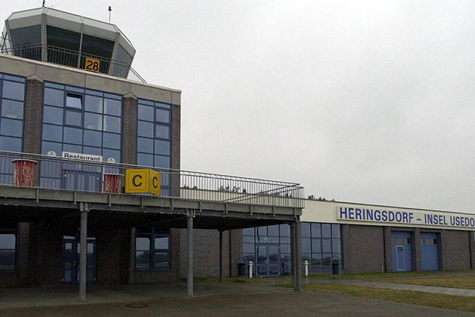 Nahe des Flughafen Heringsdorf ist ein Kleinflugzeug abgestürzt. (Symbolbild)