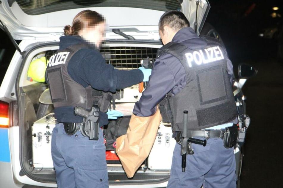 Die Polizei stellte bei einem Mieterstreit in Mariendorf eine Schusswaffe sicher.