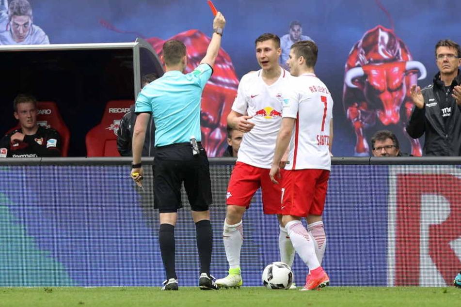Nach der gelb-roten Karte aus dem Leverkusen-Spiel fehlt Willi Orban gegen den SC Freiburg.