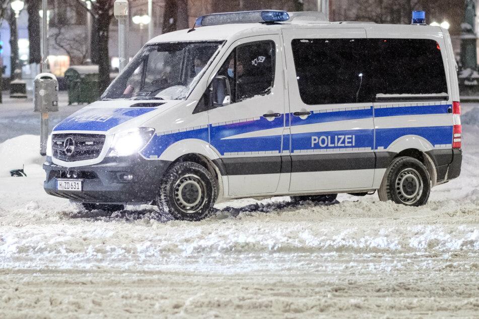 Die Polizei suchte die Gegend ab. (Symbolbild)