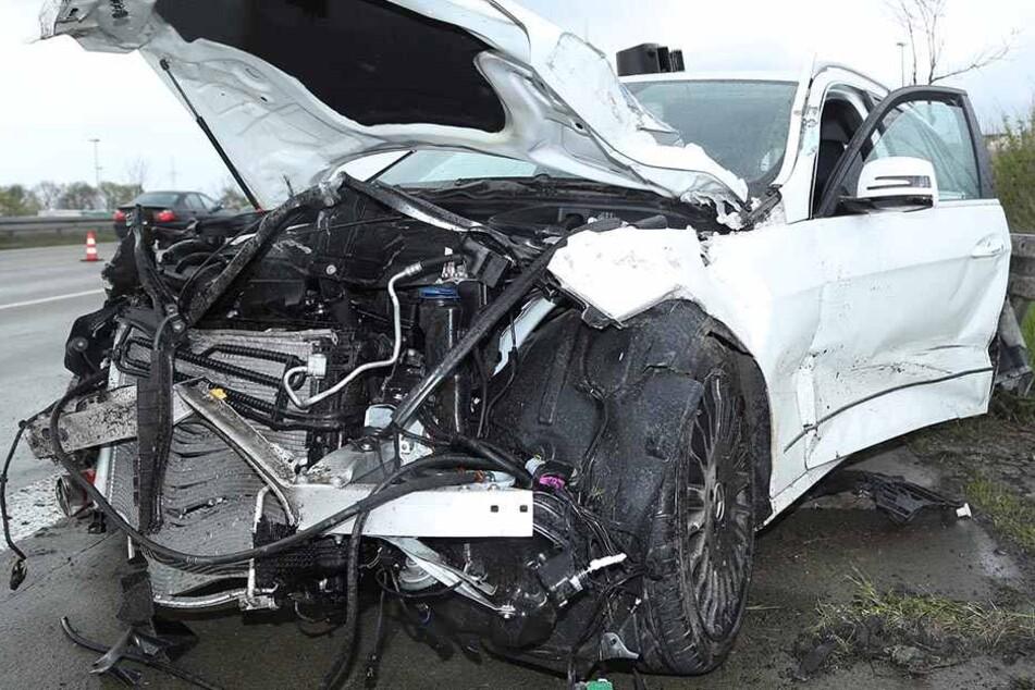 Sieben Verletzte nach plötzlichem Spurwechsel auf A4