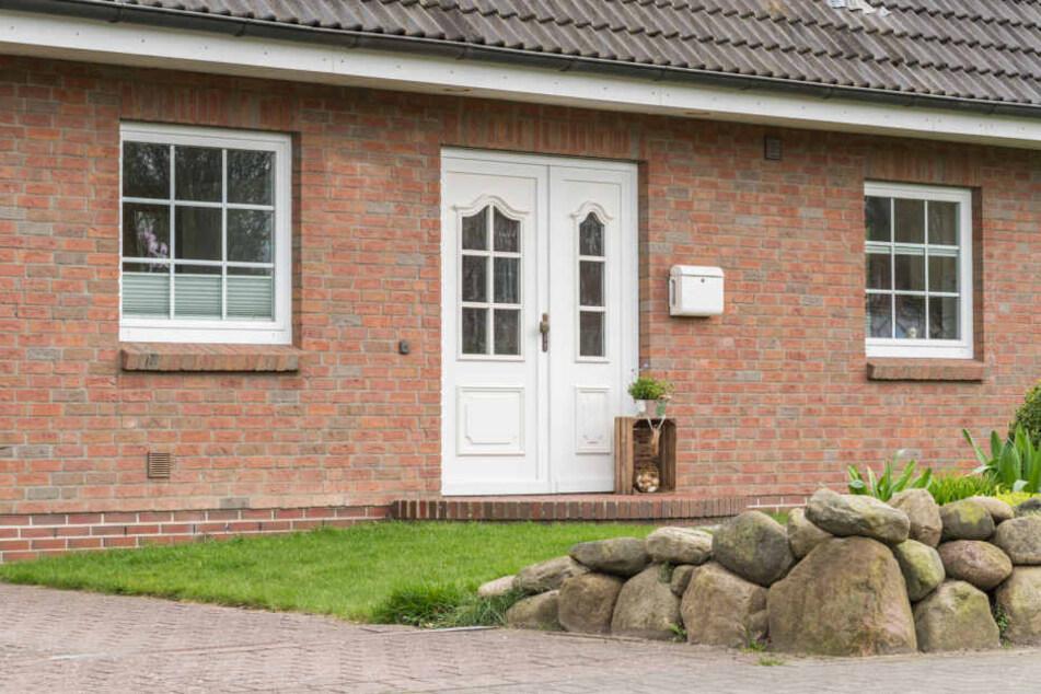 Wer sich Mieter ins eigene Haus holt, sollte vorher gut überlegen, ob das gemeinsame Wohnen unter einem Dach wirklich funktioniert.