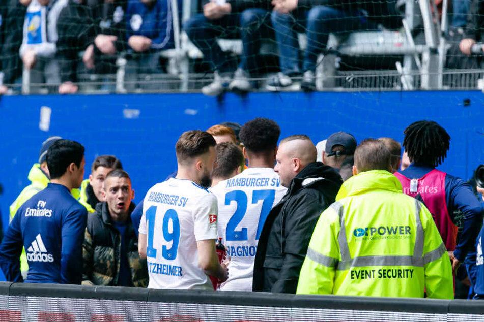 Nach der Partie stellten sich die Spieler den eigenen Fans.