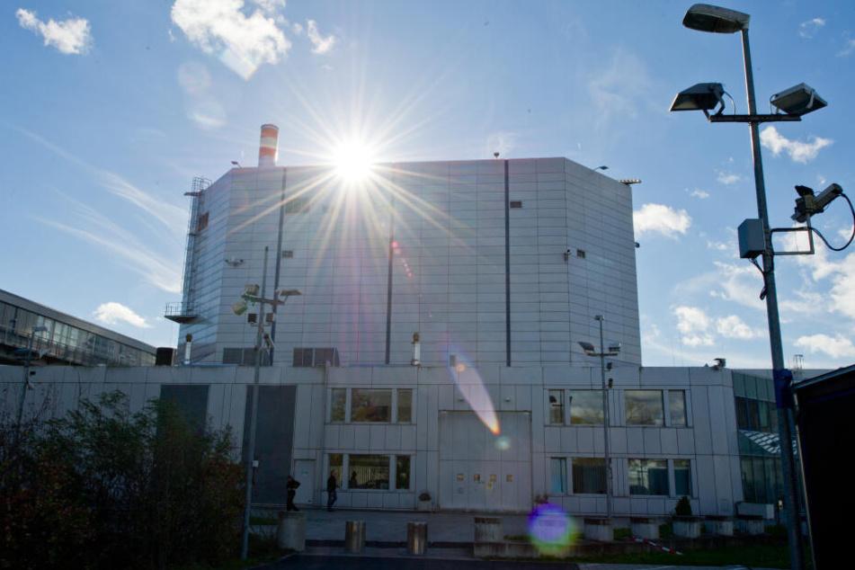 Der Forschungsreaktor FRM II der Technischen Universität (TU) München steht in der Kritik.