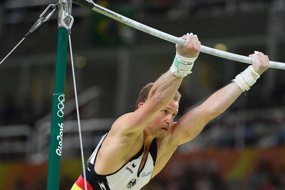 Fabian Hambüchen (28) gewinnt nach Bronze (2008 in Peking) und Silber (2012 in London) endlich Gold bei Olympia.