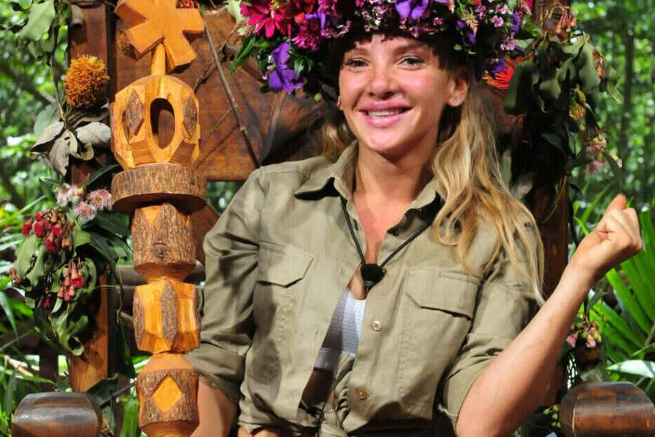 Als amtierende Dschungel-Königin darf Evelyn Burdecki jetzt richtig durchstarten.