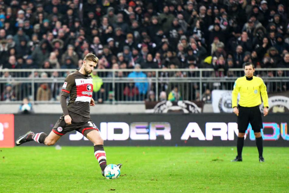Lasse Sobiech soll wieder vorangehen und den FC St. Pauli zum Klassenerhalt führen.