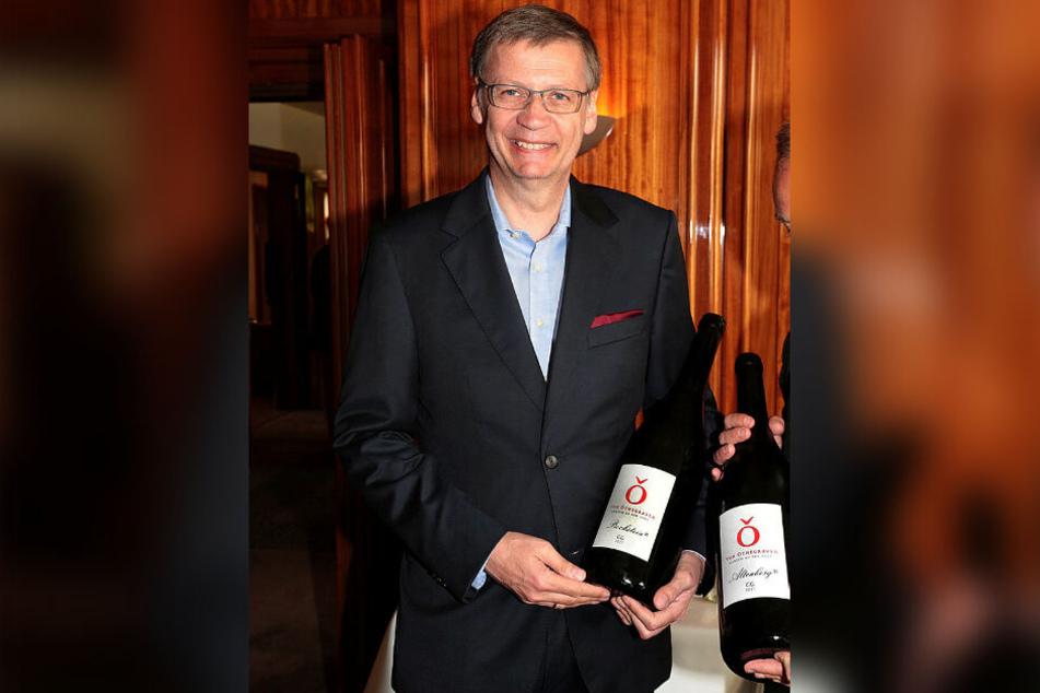 """Günther Jauch (63) ist Besitzer des Weinguts """"von Othegraven"""" an der Saar."""