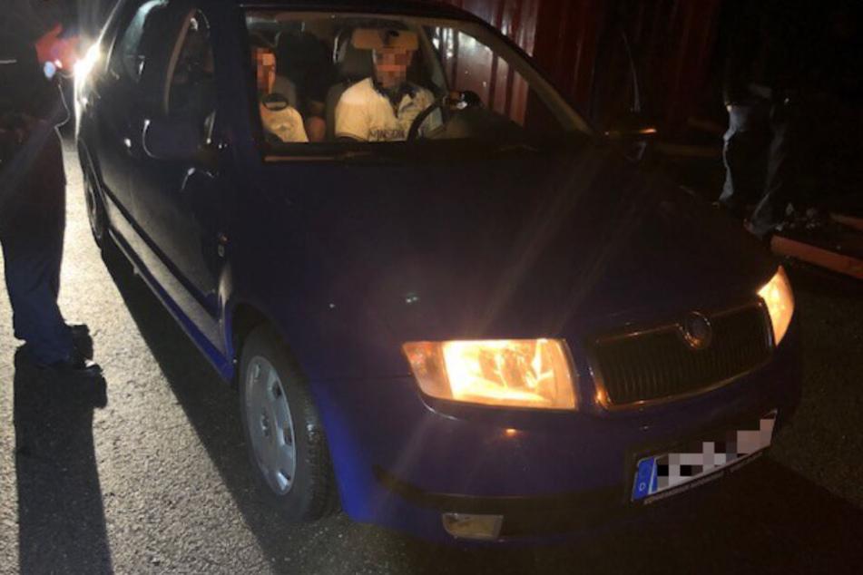 Lindauer Bundespolizisten stoppen einen mutmaßlichen syrischen Schleuser auf der A96.
