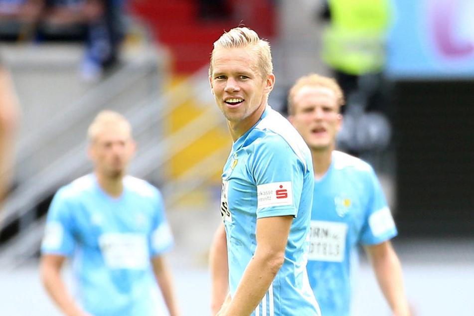 Kapitän Dennis Grote will mit dem CFC in Osnabrück nachlegen. Gewinnen die Chemnitzer, springen sie über den Strich.