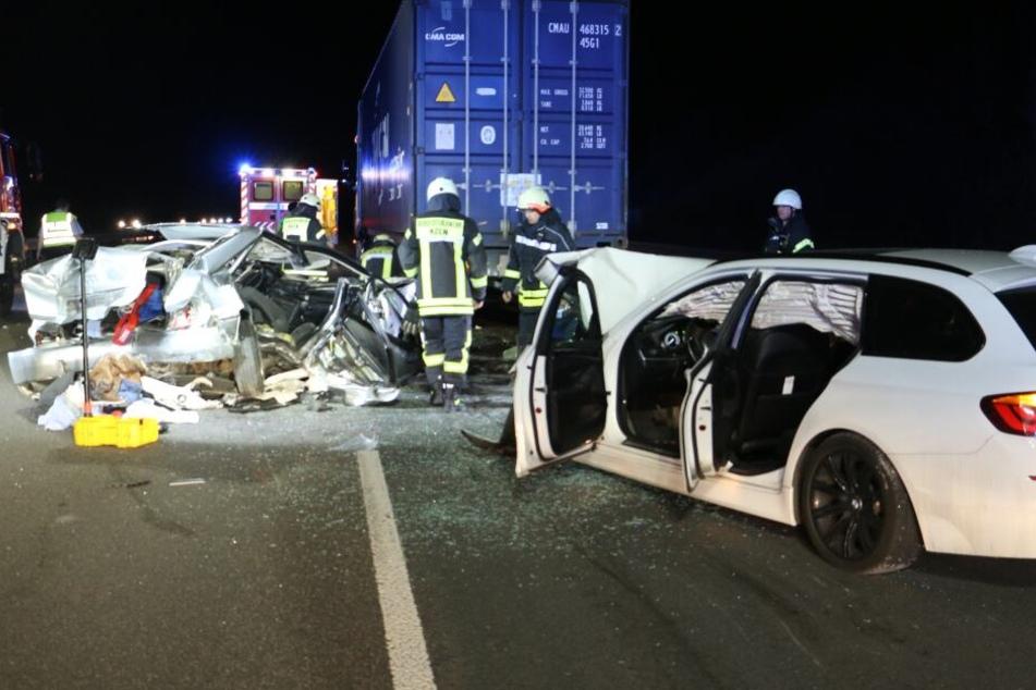 Zwei Unfälle auf A4 bei Köln: Person in Lebensgefahr