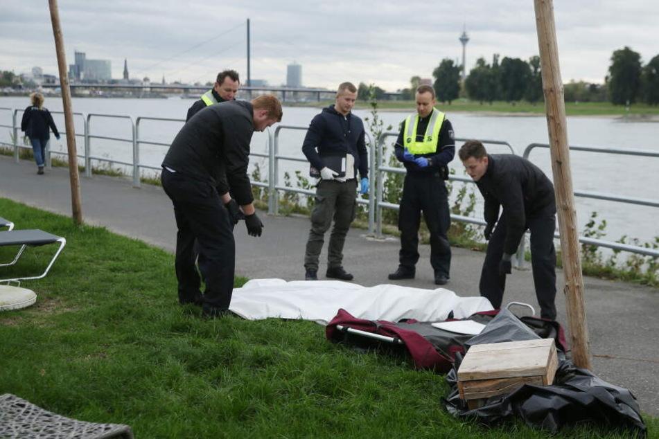 Die Frau wurde tot aus dem Rhein geborgen.