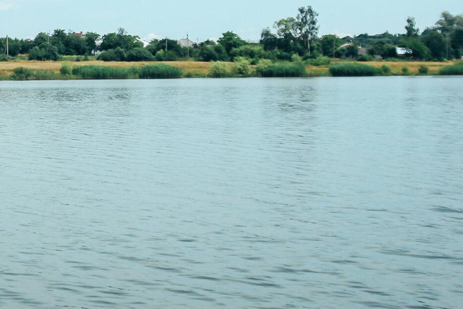 Die Leiche der vermissten Frau wurde in der Elbe entdeckt. (Symbolbild)