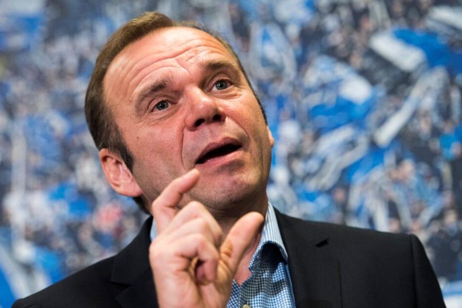 HSV-Boss Bernd Hoffmann weiß, wie wichtig der richtige Trainer für den Verein ist.