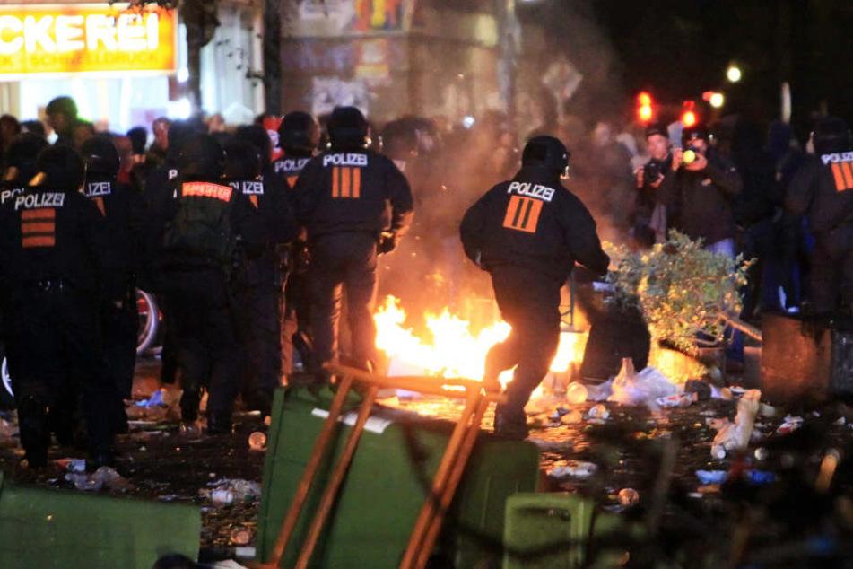 Bei Schanzenfest-Randale durch Polizeiknüppel verletzt: Mann verklagt Stadt