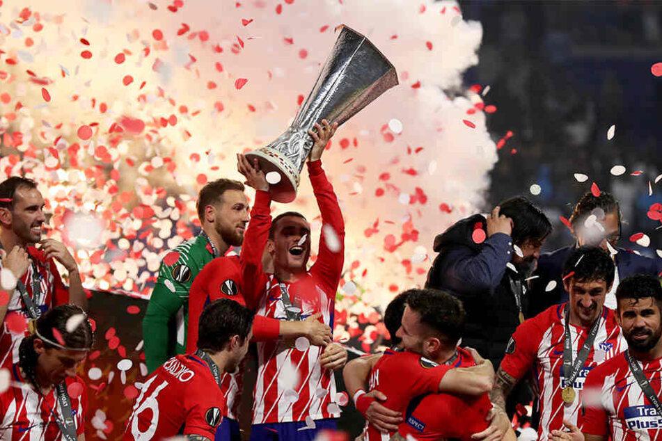 Großer Jubel: Atlético Madrid um Goalgetter Antoine Griezmann (stemmt den Pokal in die Höhe) konnte die Europa League 2017/18 gewinnen.